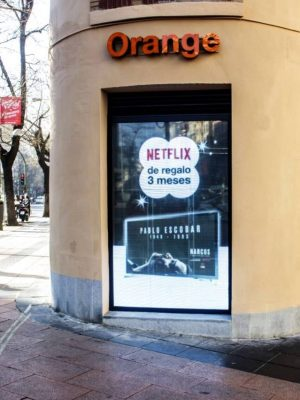 netflix transparent wall